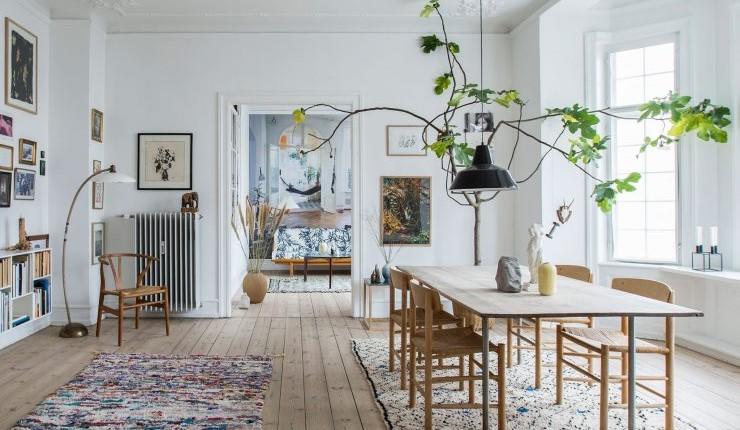 La alfombra, un artículo que adquiere color